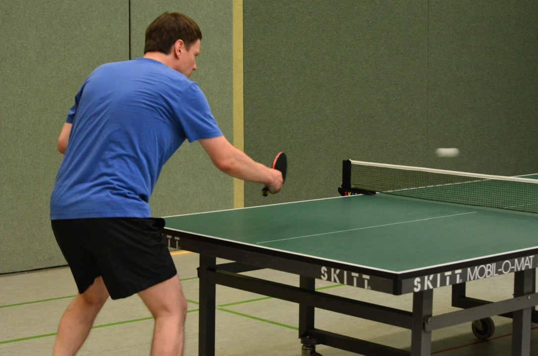 table-tennis-408388_1920