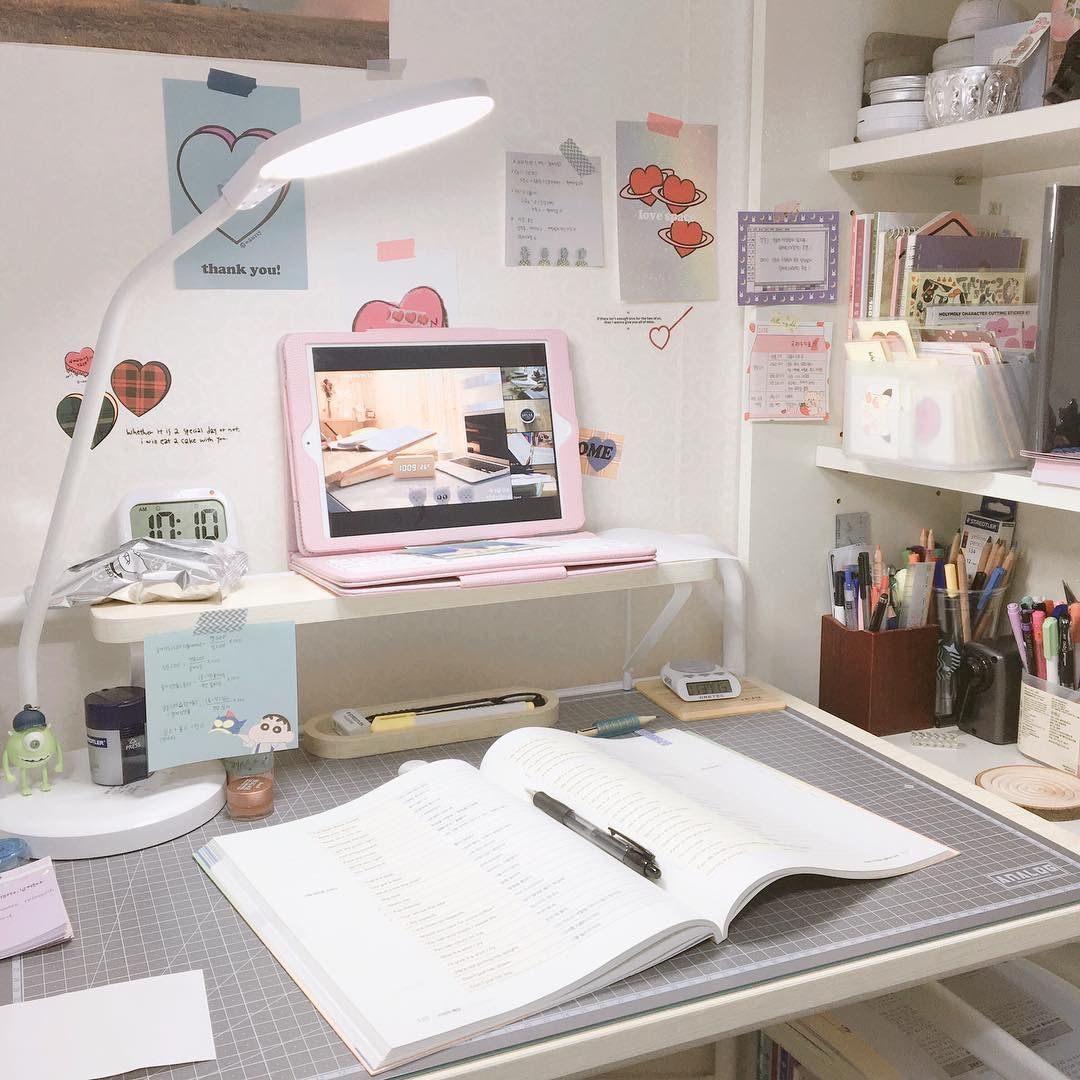 study desk.jpg